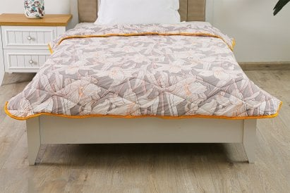 Alexis Roll Comforter Floral 160x220cm